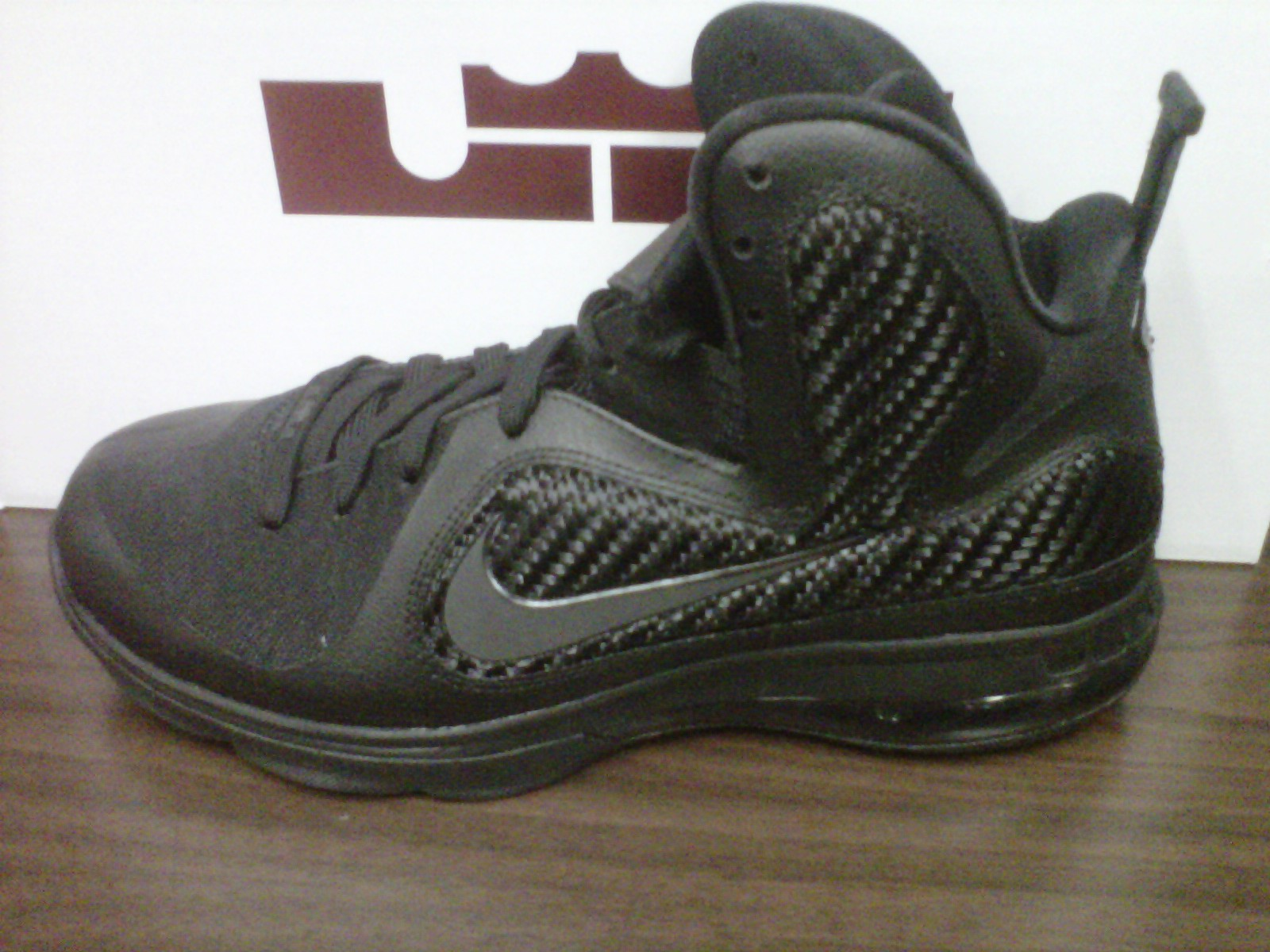 lebron 11 blackout - photo #11