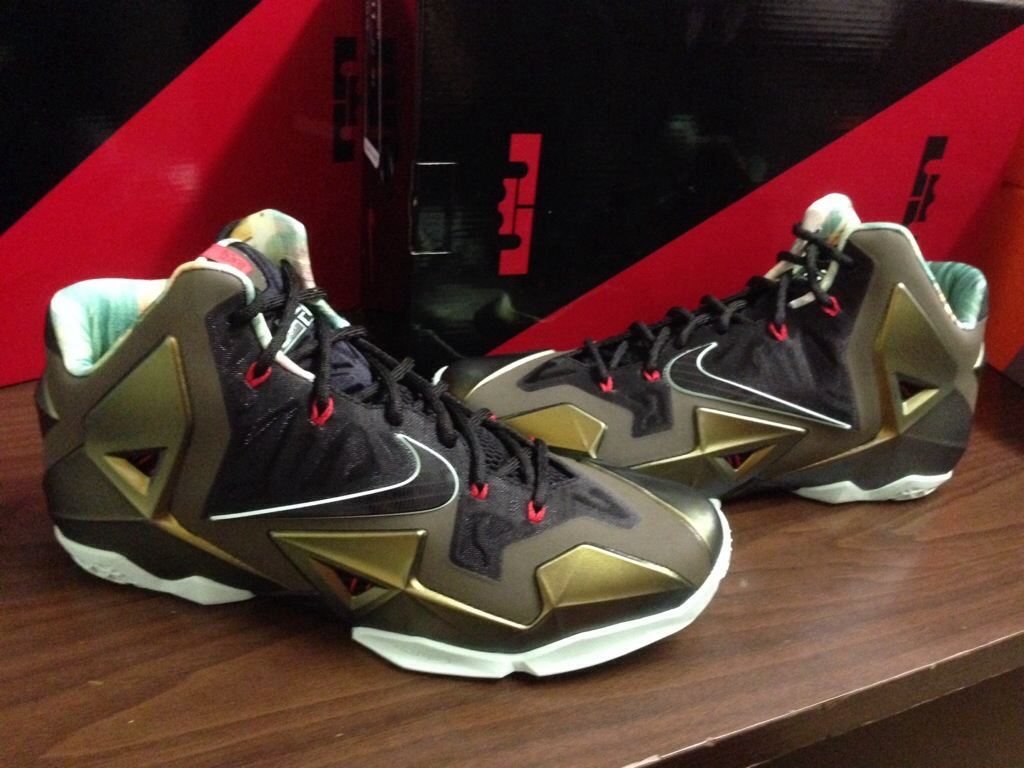 In the Stores: Nike LeBron 11- 'Kings Pride'